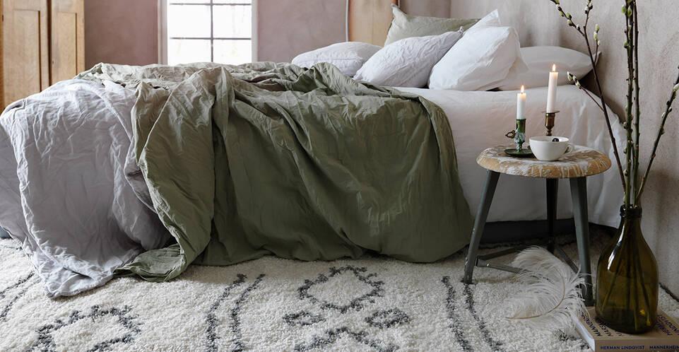 Fekete / szürke,  shaggy piramit 3 kg szőnyeg  egy hálószoba.